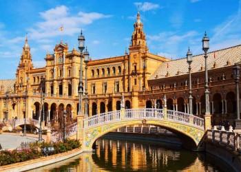 إسبانيا تفتح أبوابها للسياح الأجانب وتعلن موعد استقبالهم