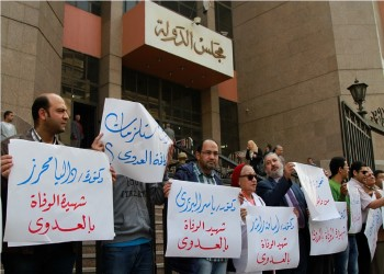 حرب على مواقع التواصل المصرية بسبب أطباء كورونا