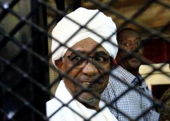 السلطات السودانية تنقل البشير إلى مستشفى إجراء فحوصات