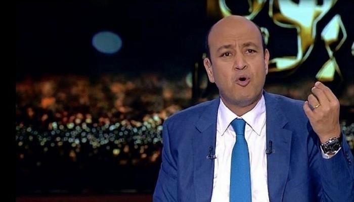 عمرو أديب يستنكر إنهاء الإغلاق وسط ارتفاع الإصابات بكورونا