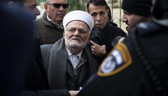 المخابرات الإسرائيلية تعتقل خطيب المسجد الأقصى