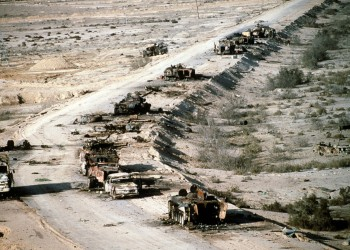 العراق يطالب الكويت تأجيل سداد بقية تعويضات الحرب