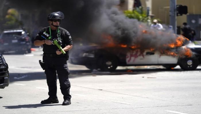 توابع مظاهرات فلويد.. حظر تجول في لوس أنجلوس الأمريكية