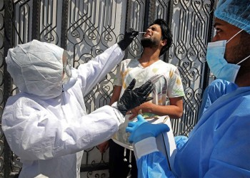 مسؤول عراقي يرجح حدوث طفرة بفيروس كورونا ببلاده.. ما السبب؟