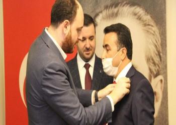 رئيس بلدية تركية يغادر حزبه المعارض وينضم للعدالة والتنمية