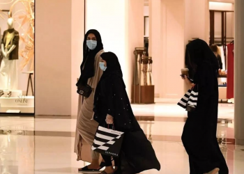دبي تبدأ خطة التعايش..فتح المولات والشركات الخاصة بشكل كامل