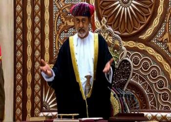 السلطان هيثم يدعو للتعايش مع جائحة كورونا