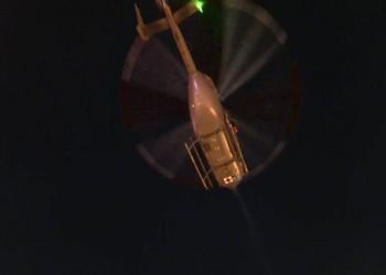 تحليق منخفض لمروحية عسكرية فوق محتجين بواشنطن (فيديو)