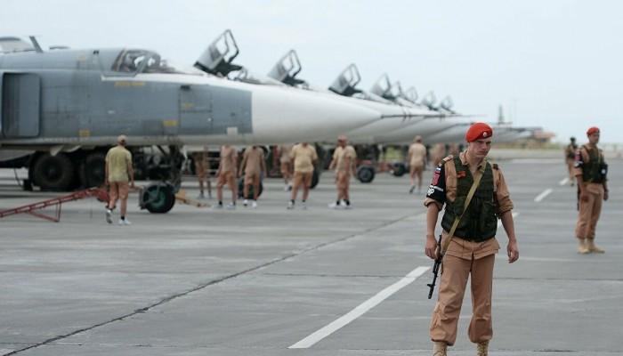 كيف جعلت روسيا قاعدة حميميم الجوية منصة لها نحو أفريقيا؟