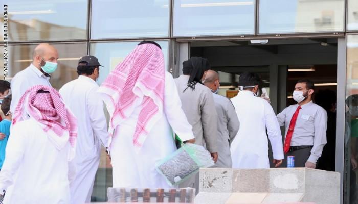 مسؤولان: البنوك السعودية لديها رؤوس أموال قوية لتجاوز كورونا