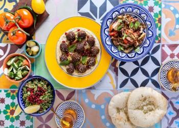 الإمارات تفتتح أول مطعم إسرائيلي يقدم الطعام اليهودي