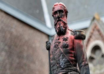 تخريب تمثال لملك بلجيكا الأسبق وسط احتجاجات ضد العنصرية