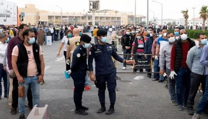 11 ألف مصري يغادرون الكويت خلال 3 أيام