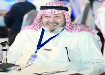 بعد تعذر الحضور.. جنازة إلكترونية لعميد الصحافة الكويتية فيصل القناعي