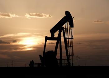 هبوط النفط يتسبب في عجز موازنات الخليج.. والكويت المتضرر الأكبر