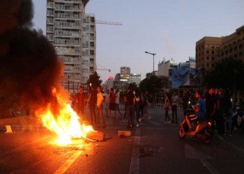 العنف في لبنان.. هل تنزلق الاحتجاجات إلى مستنقع الطائفية؟