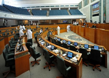 وزيران كويتيان يتجاوزان استجوابا برلمانيا ماراثونيا