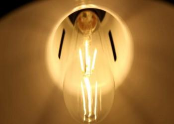 باحثون يطورون تقنية تجسس عبر مصابيح ليد
