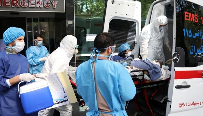 وفيات كورونا في إيران تقترب من 10 آلاف مع تغير الأعراض