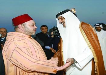 ملك المغرب يتعهد بتعزيز العلاقات مع قطر