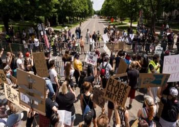 مقتل أمريكي بالرصاص خلال تظاهرة مناهضة للعنصرية