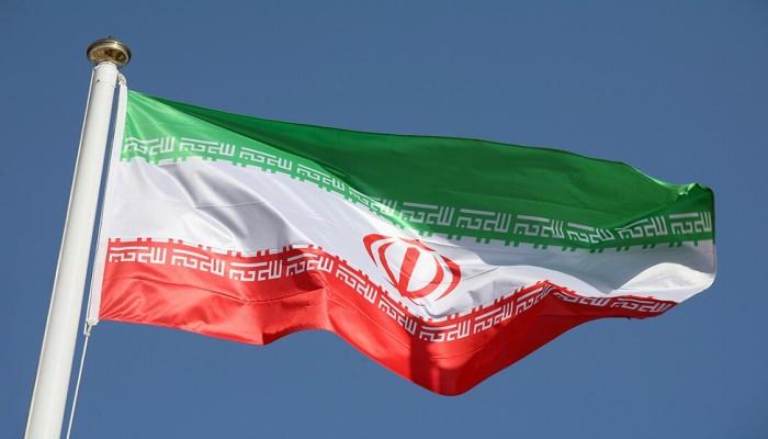 إيران تحمل الأوروبيين عواقب أي تمديد لحظر التسلح