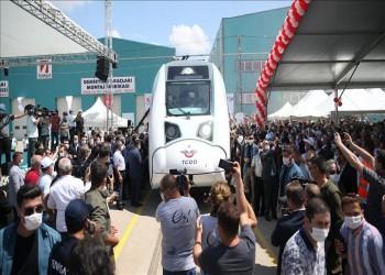تركيا تختبر أول قطار كهربائي محلي الصنع