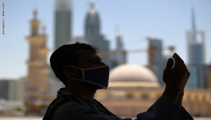 الإمارات تعيد فتح المساجد ودور العبادة الأربعاء