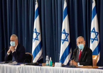 توتر بين نتنياهو وجانتس ينذر بتأجيل ضم الضفة