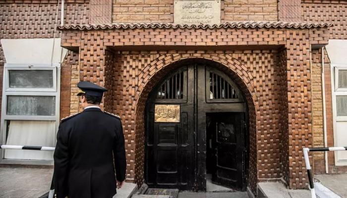 دعوة حقوقية لإعادة فتح الزيارات بالسجون المصرية