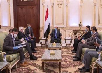 هادي يتهم الحوثيين بالتعنت ويطالب بتفعيل اتفاق الرياض