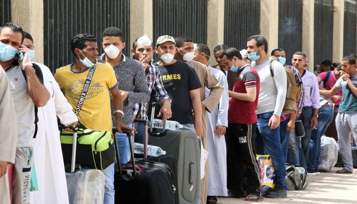 الكويت تواجه صعوبة في تقليص نسبة الوافدين المصريين والهنود