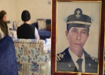 أرى الموت كل لحظة.. قبطان مصري يحتجزه الحوثيون يستغيث