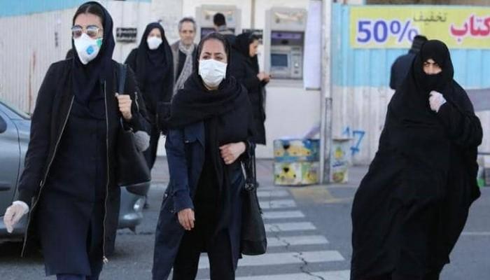 مستشار روحاني: وفاة إيراني بكورونا كل 10 دقائق