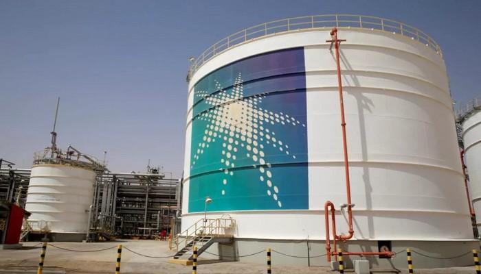 أرامكو السعودية ترفع أسعار بيع النفط الشهر المقبل