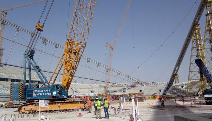 لجنة المشاريع والإرث تقلل العاملين في إنشاءات مونديال قطر 2022