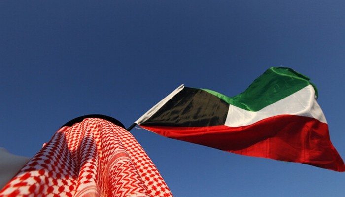الكويت تحذر من إدارة حسابات وهمية تزعزع الأمن