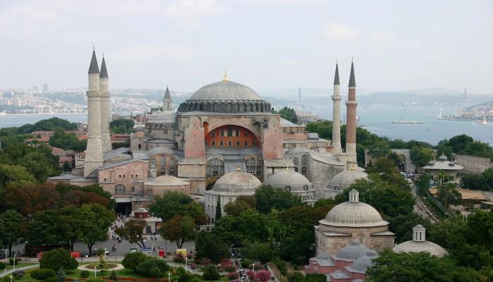تسريب: القضاء التركي يسمح بإعادة آيا صوفيا مسجدا