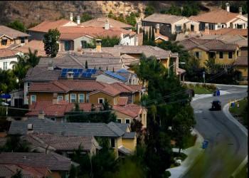 استطلاع: ثلث الأمريكيين لم يسددوا أقساط بيوتهم في يوليو