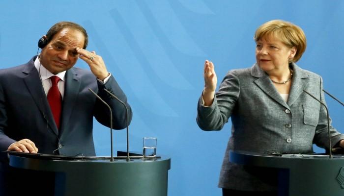 ألمانيا تكشف عن تجسس موظف بمكتب ميركل لصالح مصر