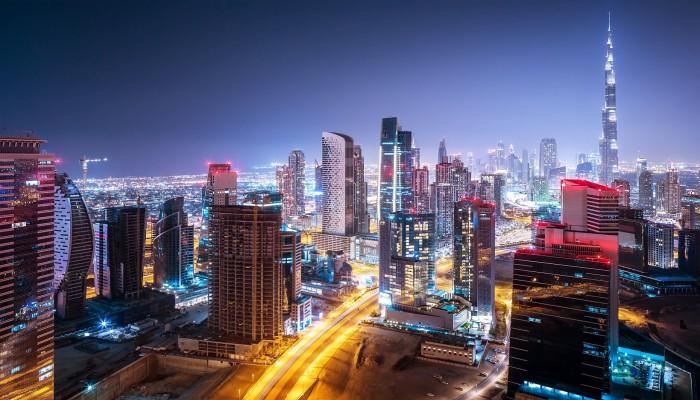 بسبب كورونا.. صدمة كبرى لاقتصاد دبي والتعافي النسبي في 2022