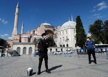 آيا صوفيا.. قصة مسجد يحمل هويتين ومصير متنازع عليه