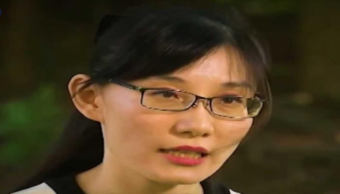 عالمة صينية فرت لأمريكا تكشف قصة تستر بكين على كورونا