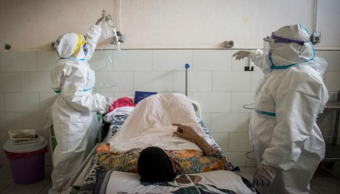مصر تسجل تراجعا جديدا للوفيات والإصابات بكورونا