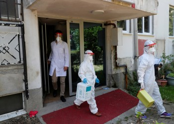 تركيا تسجل أكثر من ألف إصابة جديدة بكورونا و1300 حالة شفاء