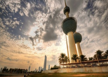الكويت تبحث خيارات تمويل عجز الميزانية.. كيف؟