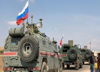 إصابة جنود روس وأتراك جراء استهداف دورية مشتركة بسوريا.. (فيديو)