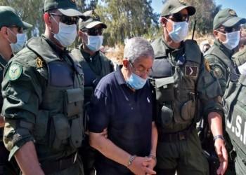 الجزائر.. محامي أويحيى ينفي شائعة وفاته