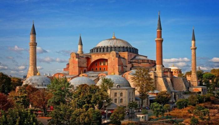 أردوغان: كنائس ومعابد تركيا 5 أضعاف مساجد أوروبا