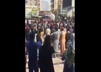 إيران.. مظاهرات بالأحواز وهتافات ضد النظام (فيديو)